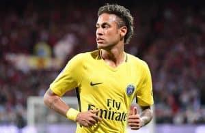 Video del primer juego del Neymar por el PSG