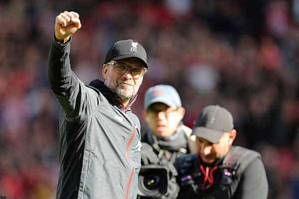 Sueño del Liverpool gana forma tras el tropiezo del Manchester City