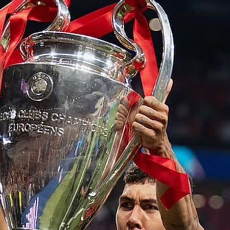 Himno de la Champions League vuelve a sonar este martes